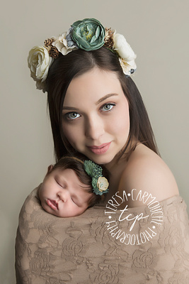 12-6-17_47A7836 teresa carmouche photogrpahy,newborn photography,parent posing, beautiful,  swaddled newborn, newborn smiles,baton rouge newborn photographer, neworleans photographer, neutral, flower